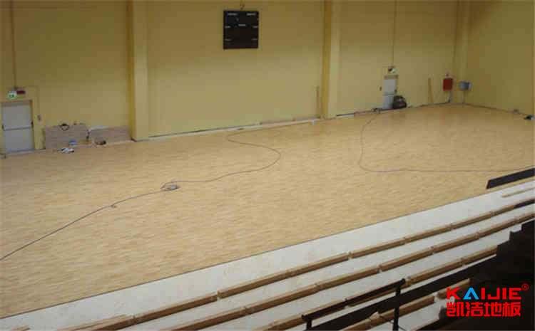 乒乓球场馆地板价格