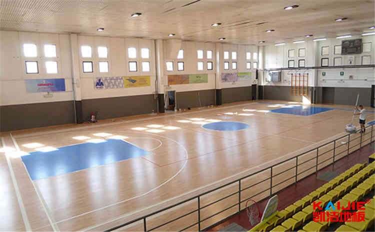 篮球场馆木地板材质