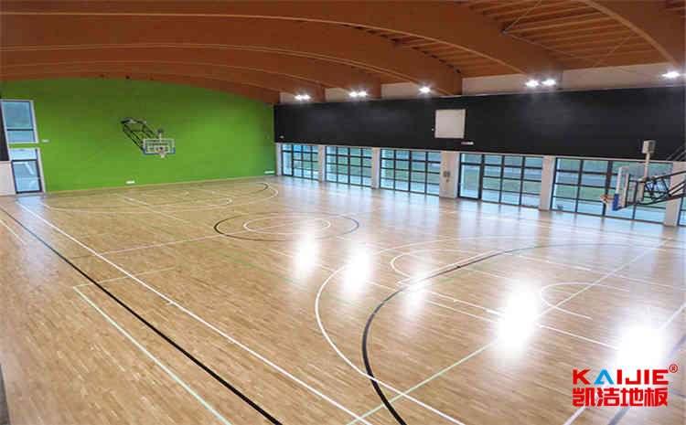 标准篮球场木地板多少钱