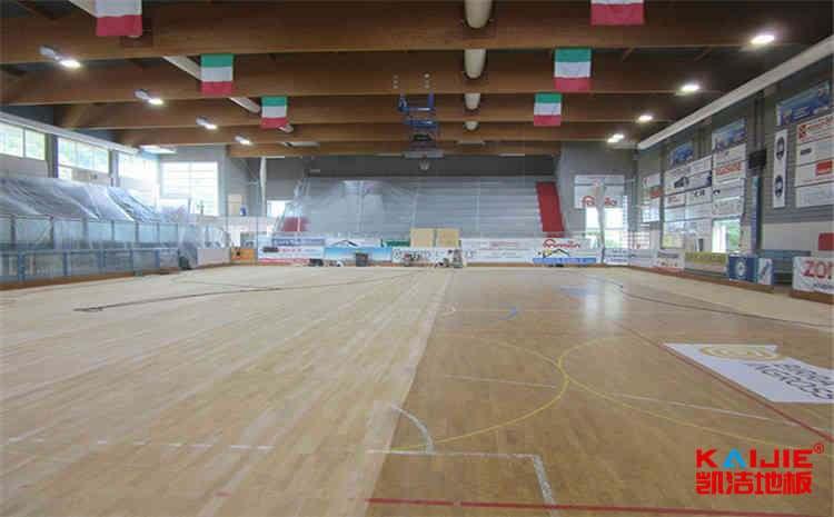 运动实木地板羽毛球馆