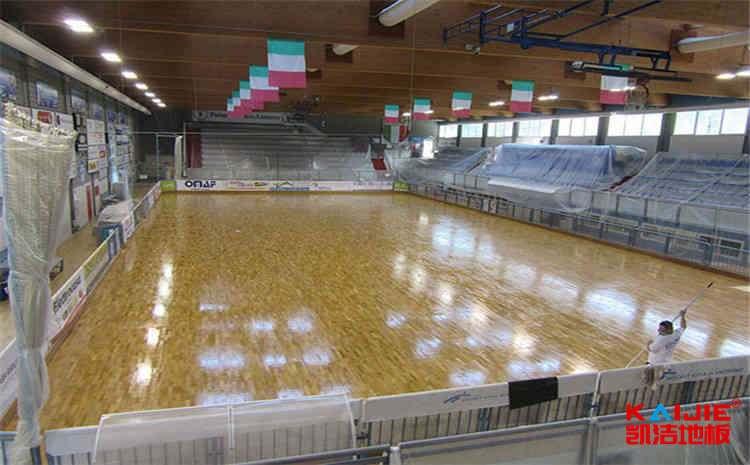 枫木乒乓球馆木地板安装工艺