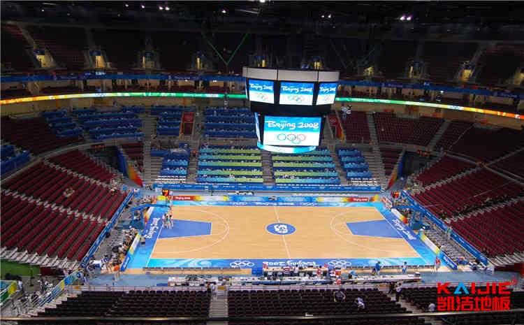 重庆哪里有木地板篮球场