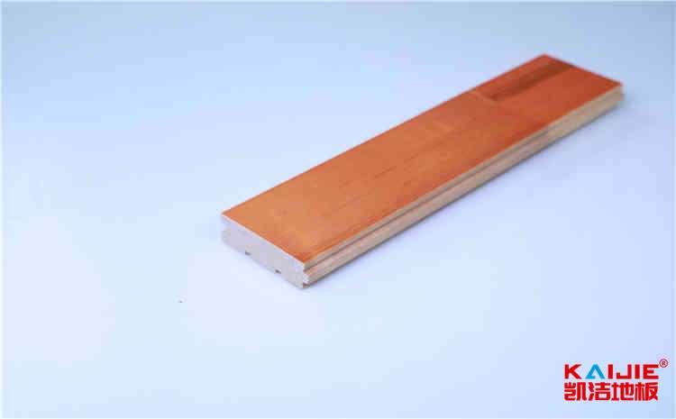 铜仁市室内体育馆木地板龙骨安装——凯洁体育地板