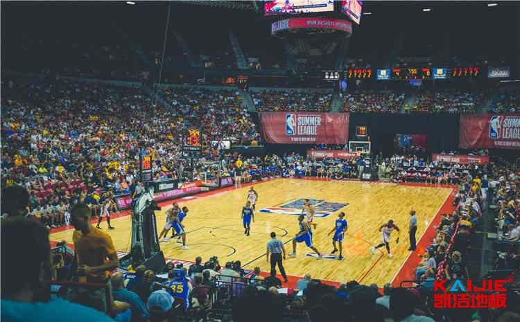 壁球馆木地板在篮球场可以用吗