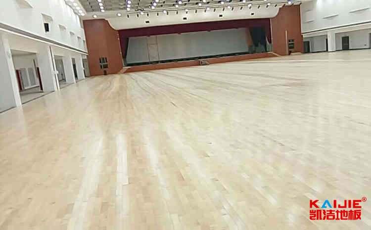 四川枫木体育地板价格表