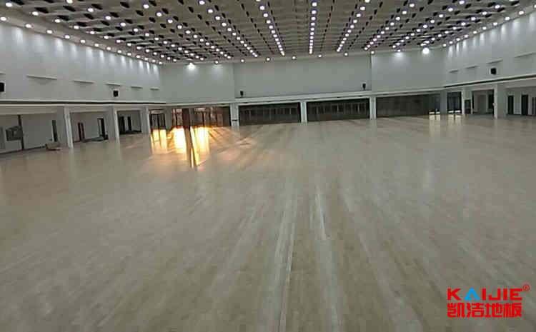 云南体育地板厂家直销