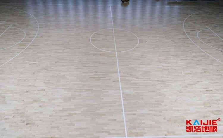 体育场地板选购