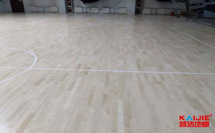 学校篮球场地板价格表