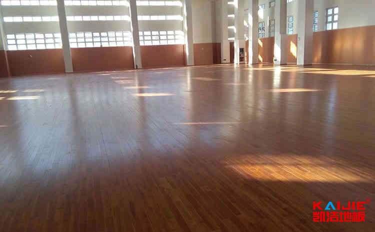 乌鲁木齐专业体育地板厂