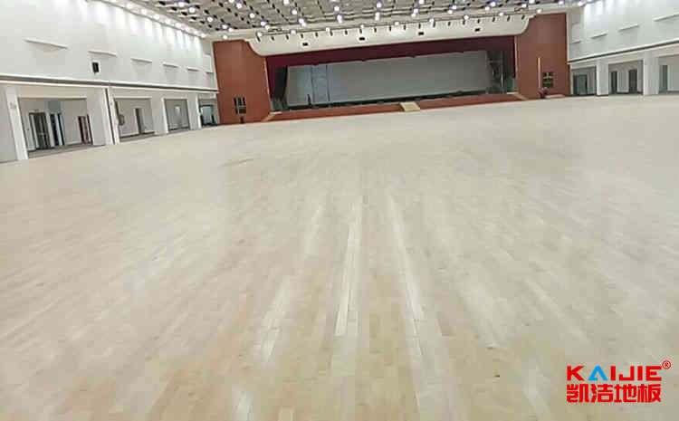 室内体育地板一般多少钱