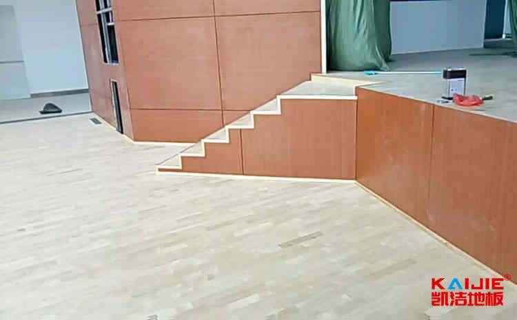 江西枫木体育地板什么品牌好