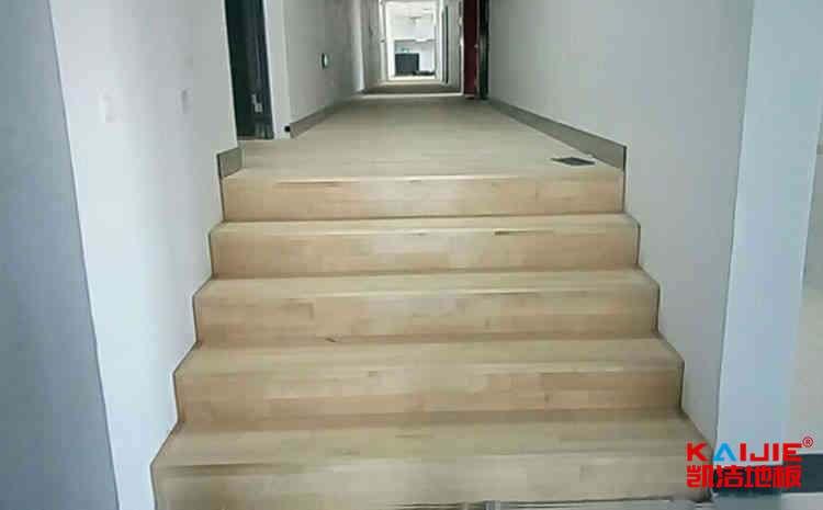 羽毛球馆木地板怎样施工——羽毛球木地板