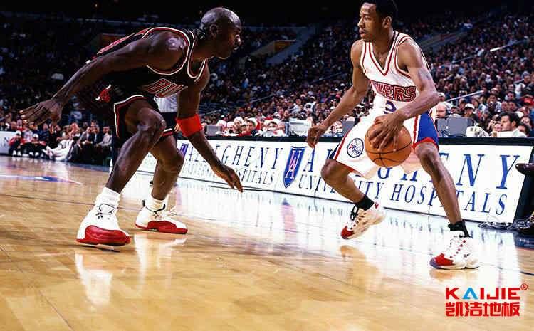 室内篮球馆木地板翻新流程