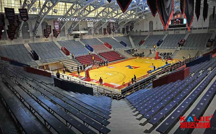 枫桦木篮球场木地板打磨翻新