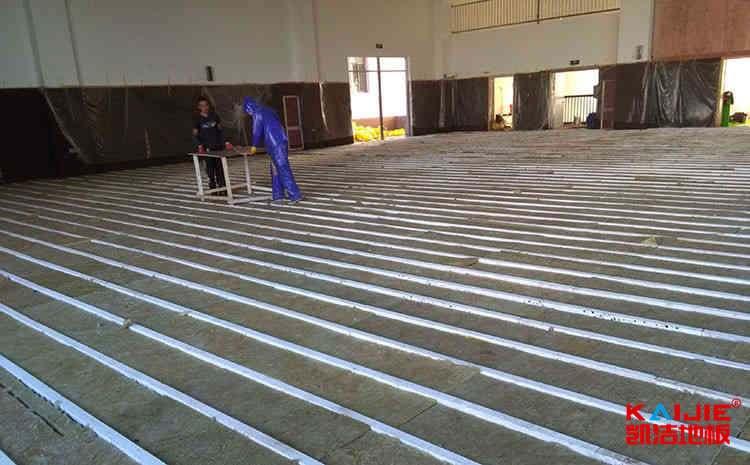 进口篮球场地板厂