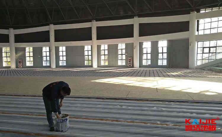 壁球运动木地板多少钱一平米——实木地板品牌