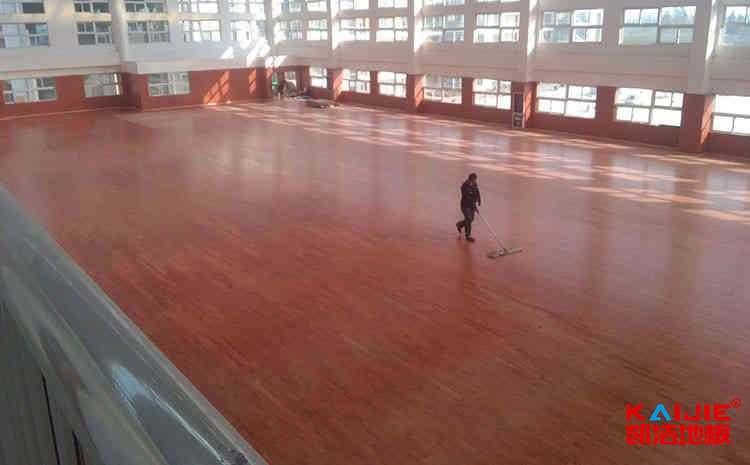 枫木篮球木地板哪个品牌好
