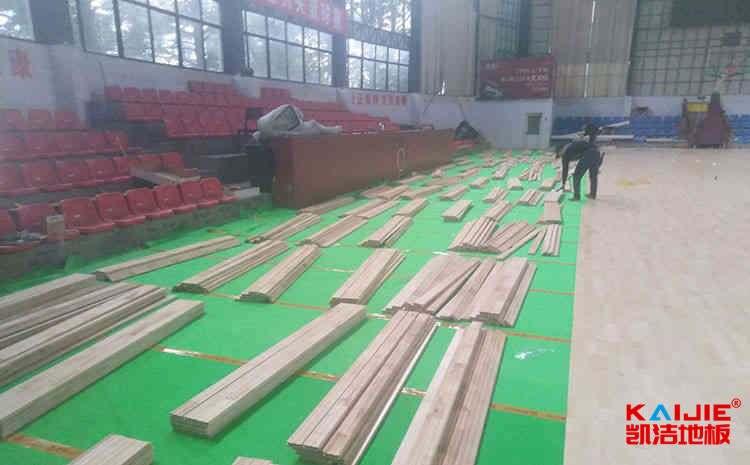 专业舞蹈房木地板安装