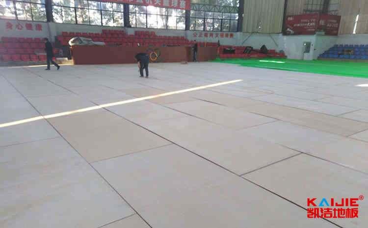 银川体育地板多少钱一平米