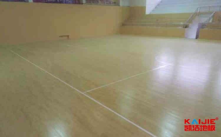 私人体育场木地板多少钱