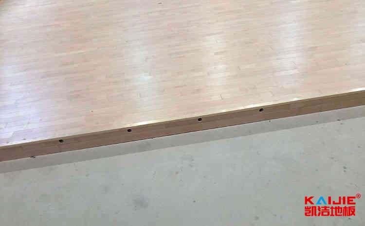 高安体育木地板