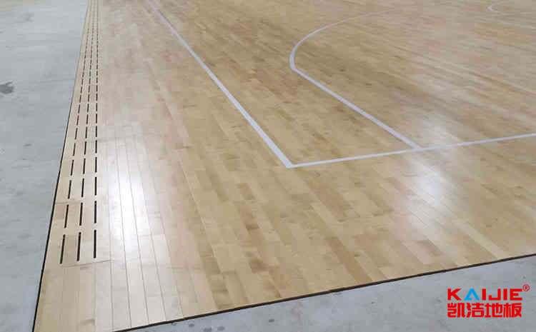柞木体育木地板是多少钱