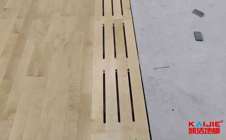 常用的舞台实木地板多少钱