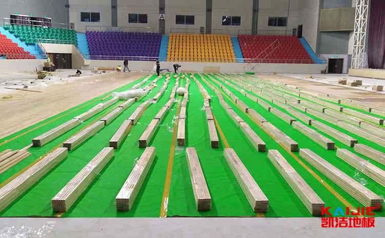 羽毛球馆木地板厂家哪家好——凯洁地板