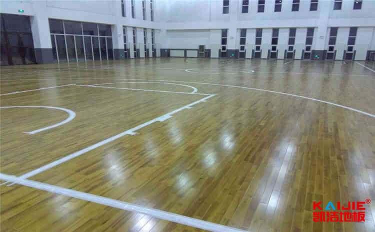 运动木地板价格区间为什么那么大——篮球场木地板
