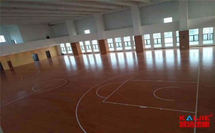 体育实木地板翻新
