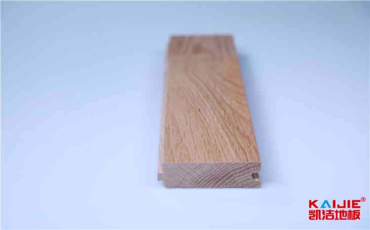 为什么体育木地板一定要用指定漆——凯洁体育木地板