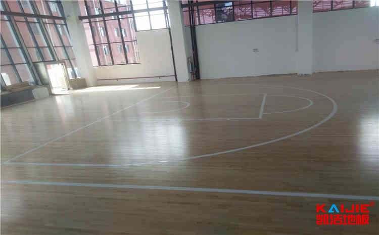 硬木企口篮球场木地板厂家直销