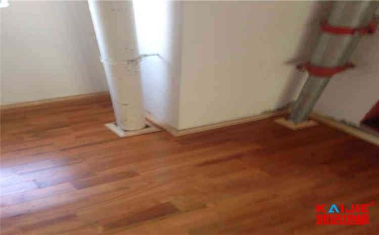 德令哈体育木地板