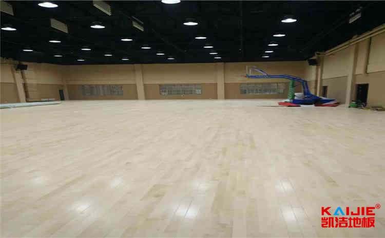 云南体育木地板多少钱