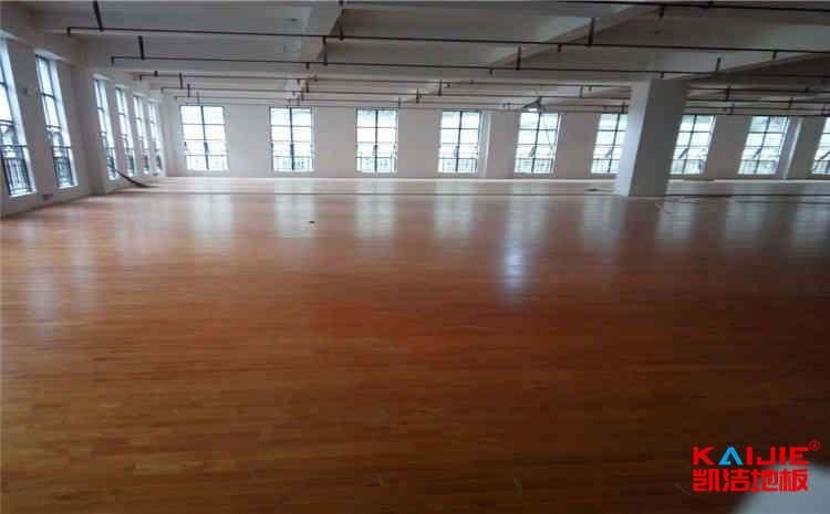 黑龙江篮球木地板一平米多少钱