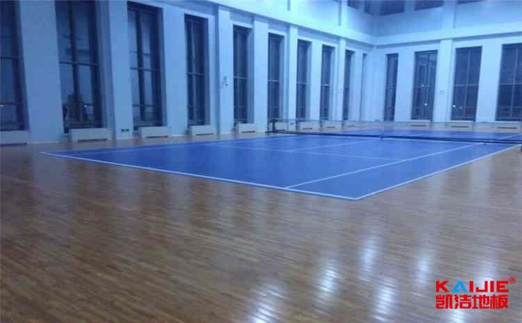 体育馆木地板怎么做好预防白蚁